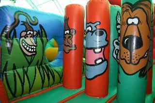 Jungle theme inflatable bouncer playzone